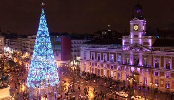 Nochevieja en La Taurina, luces y tradición junto a la Puerta del sol